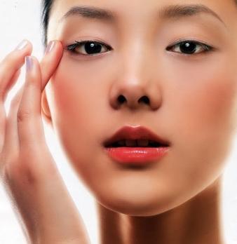 简单有效去眼袋方法,不手术怎样消除眼袋,如何去除眼袋纹
