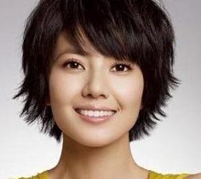 20款大脸女生适合的发型,大圆脸适合什么发型?