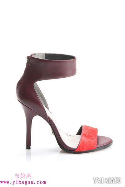 卡梅隆·迪亚兹为品牌Pour La Victoire推出全新计划鞋包系列
