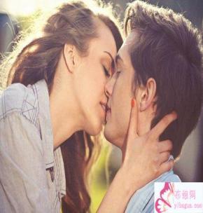 怎么接吻让关系更近一步,接吻质量决定恋情发展,怎样接吻更有感觉